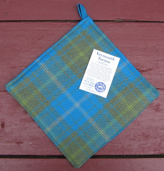 Yarmouth Tartan pot holder